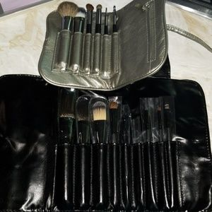 Other - MAKE UP BRUSH SETS W/ TRAVEL BAGS